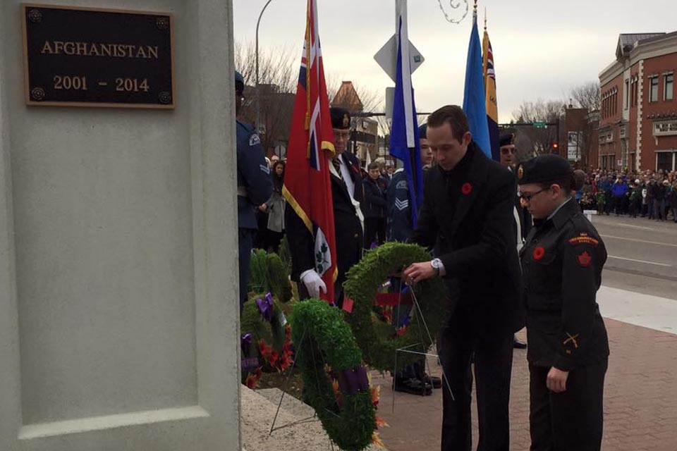 Laying a wreath at the St. Albert Cenotaph as part of the 2016 Remembrance Day ceremony